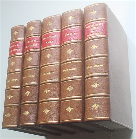 THE NOVELS. Sense and Sensibility, Pride and Prejudice, Mansfield Park, Emma, Northanger Abbey/Persuasion. The text based on Collation of the early editions by R. W.Chapman. With notes, Indexes and Illustrations from contemporary sources. AUSTEN JANE.